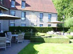 tuin van het hotel 2