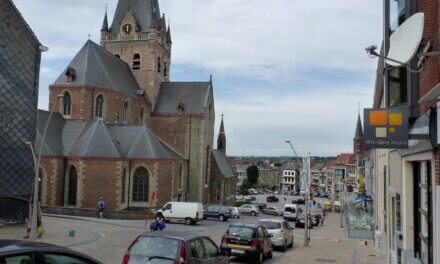 De Denderroute Zuid :Verken de streek rond Geraardsbergen vanop je motor.
