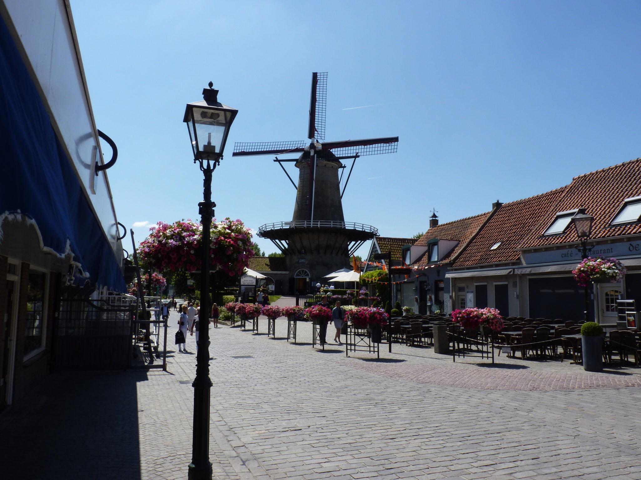 Maak eens een stadswandeling in Sluis.