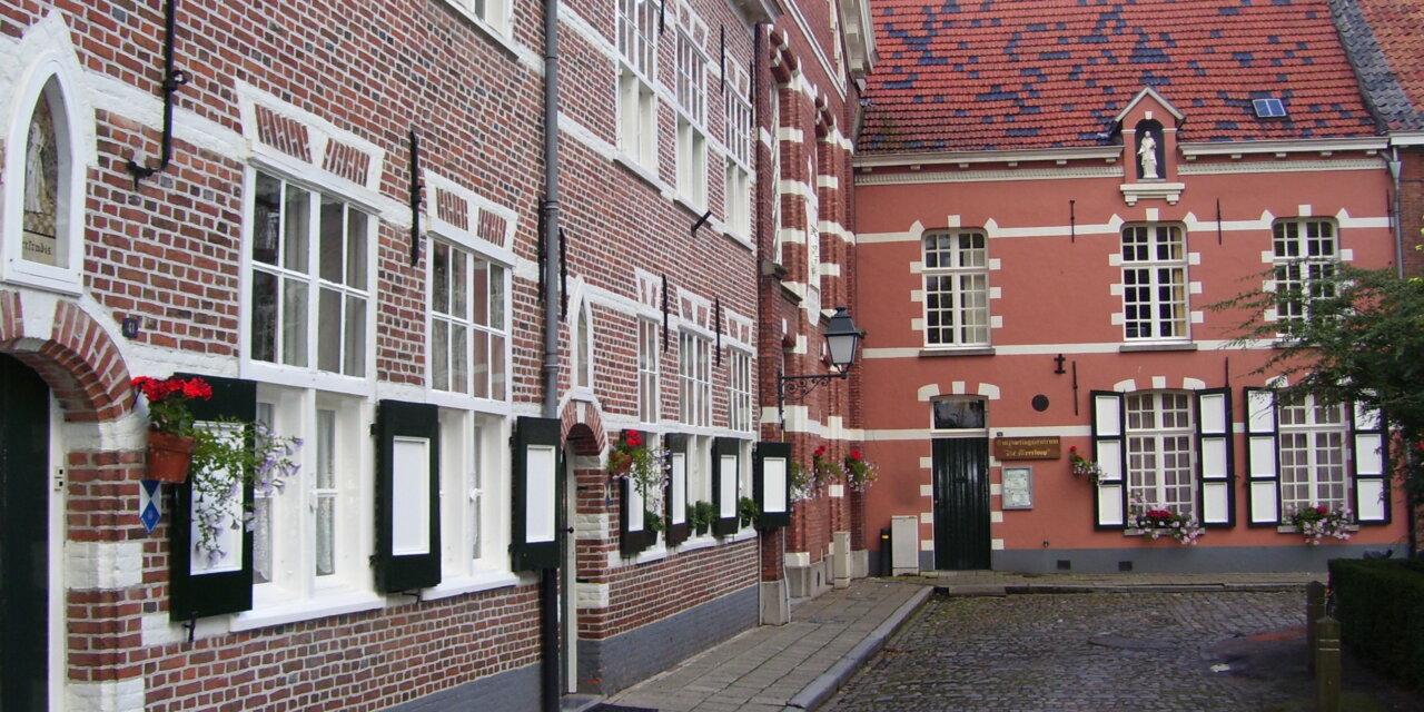 Turnhout, hoofdstad van de Kempen in de kijker tijdens een stadswandeling.