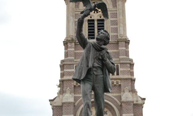 Stap eens in de voetsporen van Rodenbach en ontdek de stad Roeselare.
