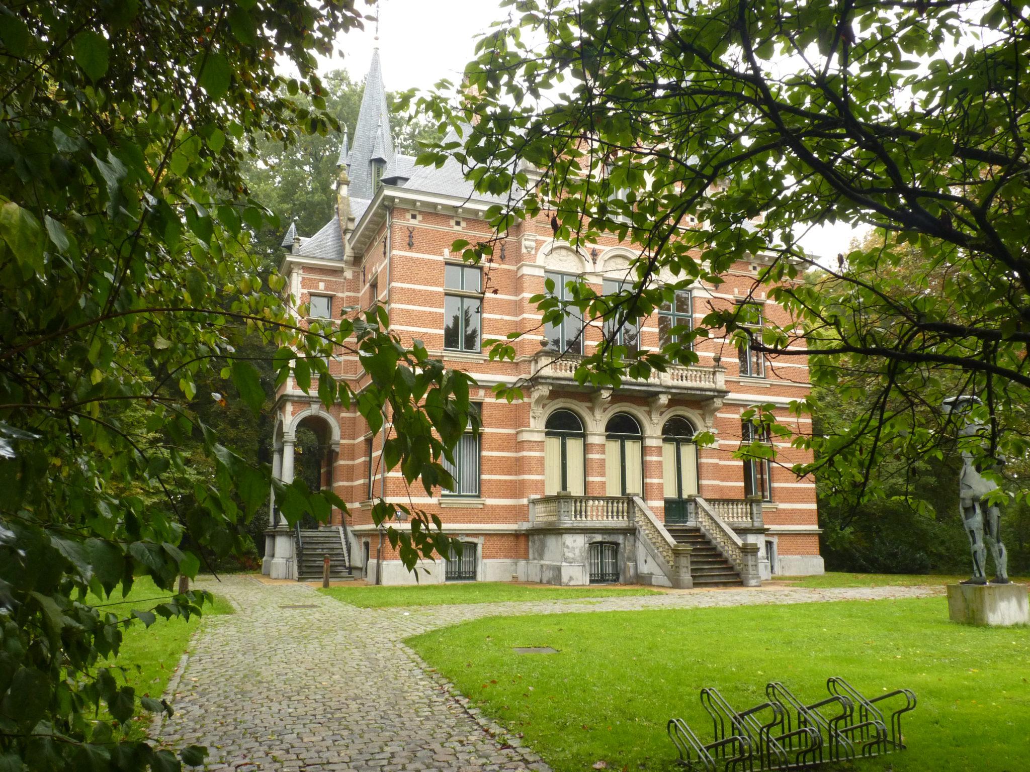 Wandelen in Herentals tussen monumenten en groen.