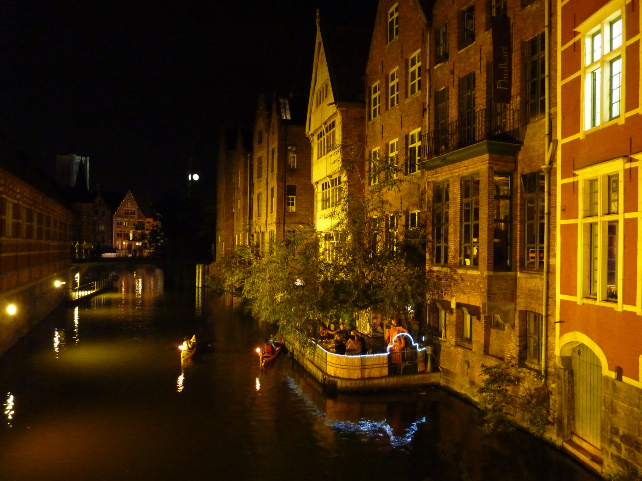 Gent, by night