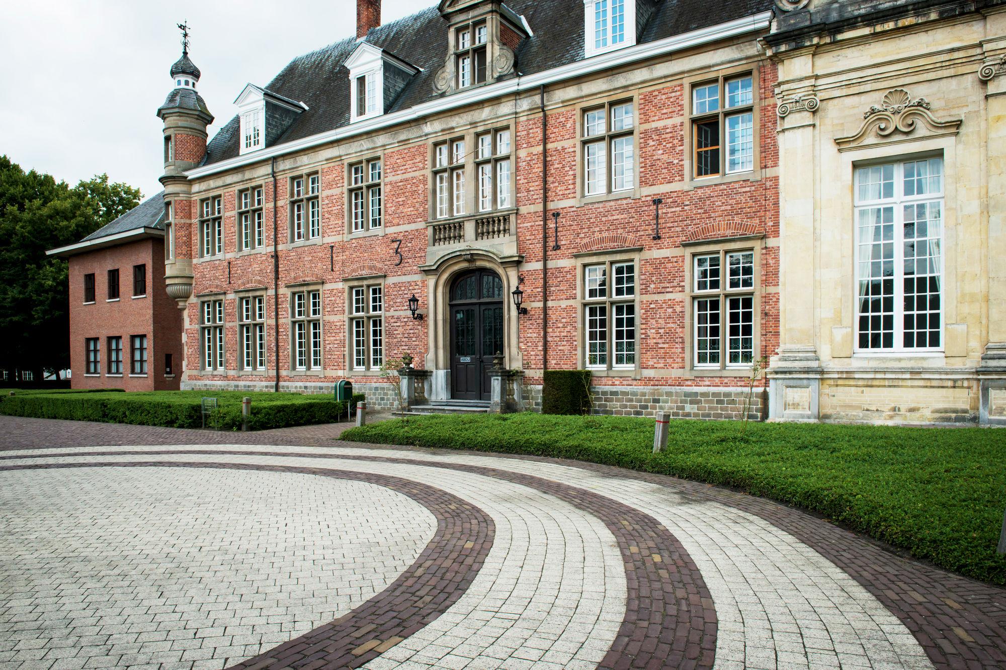Groepsuitstap: De Postelse abdij, Mol en de grensgemeenten.