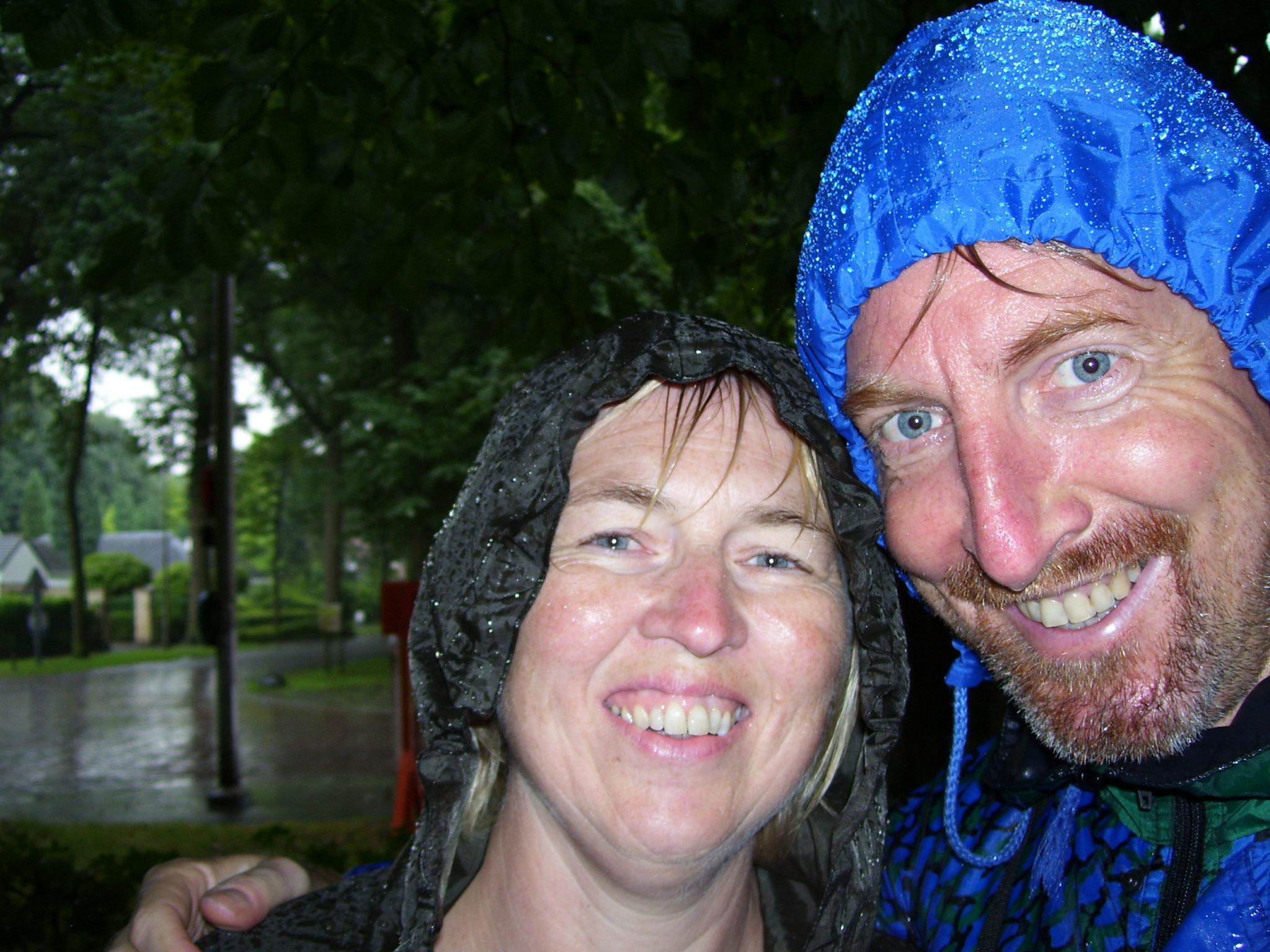 Zeven nuttige tips om je als fietser te beschermen bij regenweer.
