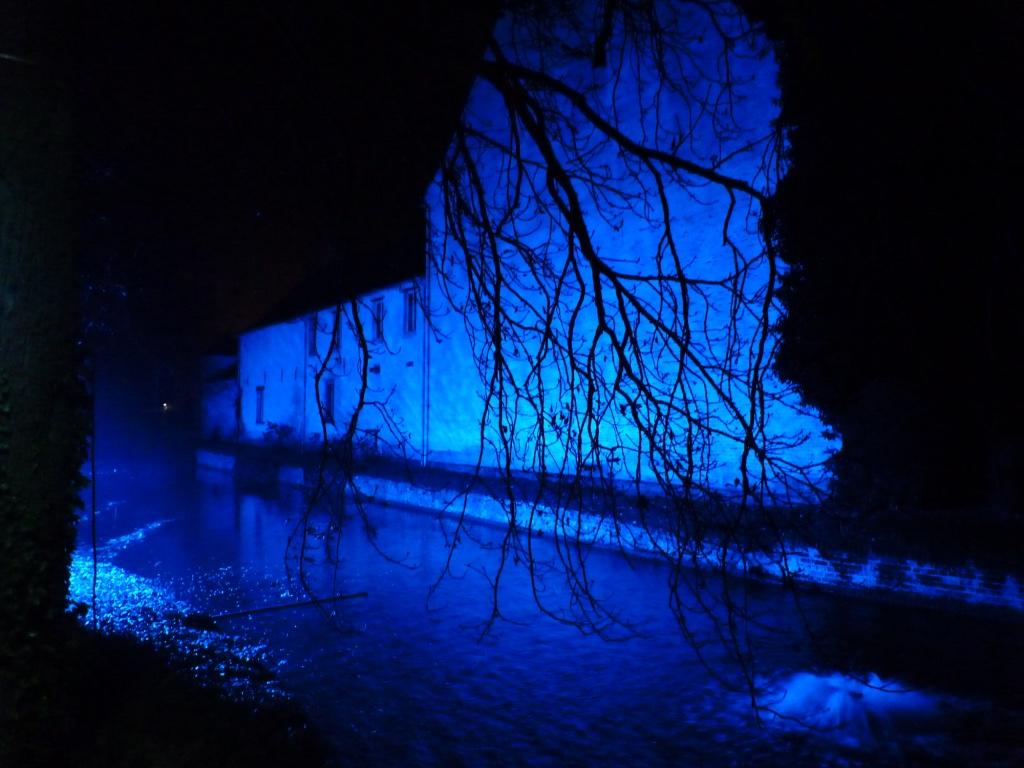 Wandelen langsheen een magische lichtroute: Sint-Truiden by lights.