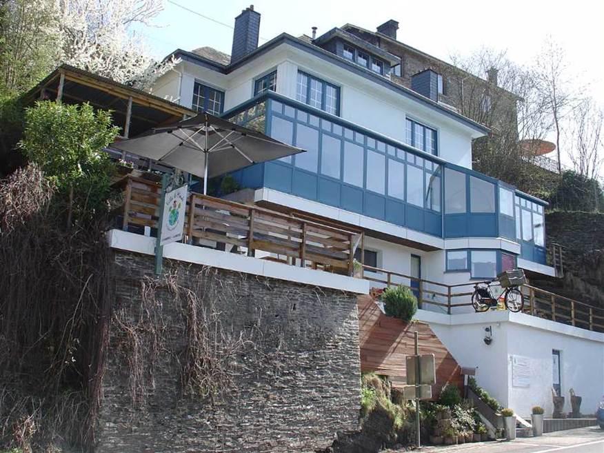 Verblijf in Villa le Monde en verblijf in La Roche – en – Ardenne.