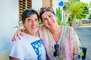 Met Vier in Bed ; seizoen 7, week 12 (Spanje) van maandag 29 augustus tot donderdag 1 spetember 2016 bij VTM. Op de foto : Kathy en Guy