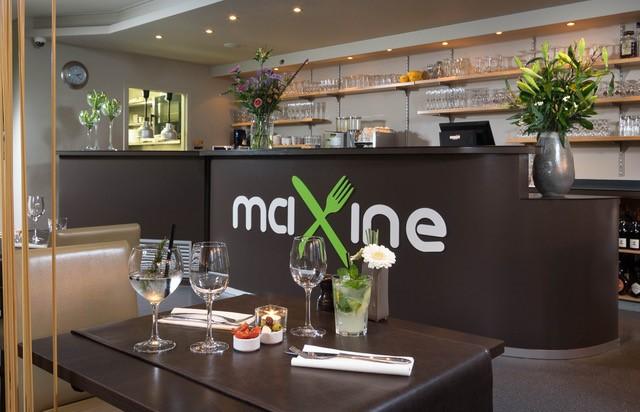 Brasserie Maxine: waar gezelligheid en lekker eten hand in hand gaan.