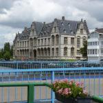 Wandelen in de oude stad van Adriaen Brouwer.