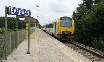 Conflictvrije overwegen op spoorlijn L58.